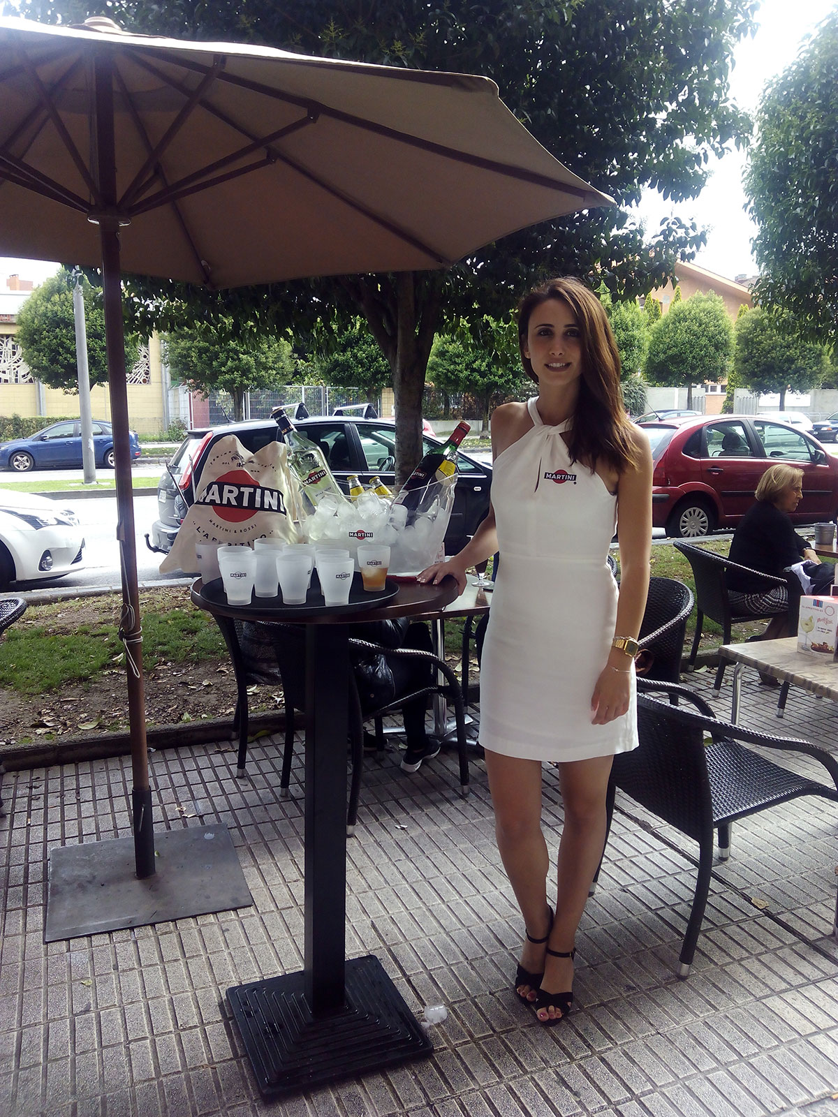 Azafata Martini
